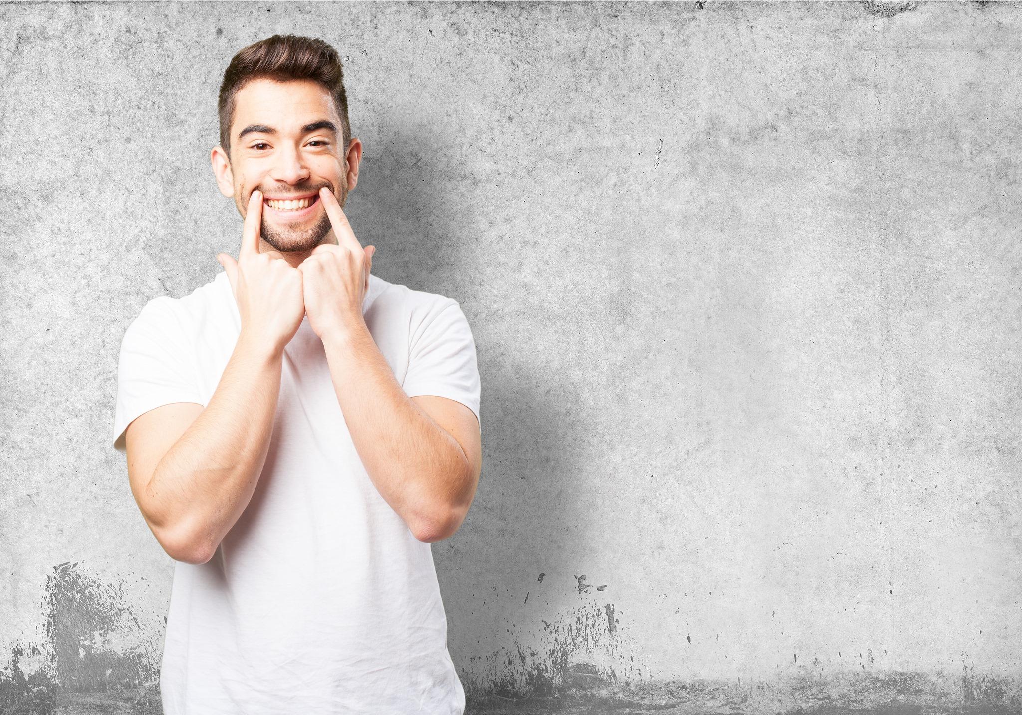 Apparecchio invisibile: la nuova frontiera dell'ortodonzia